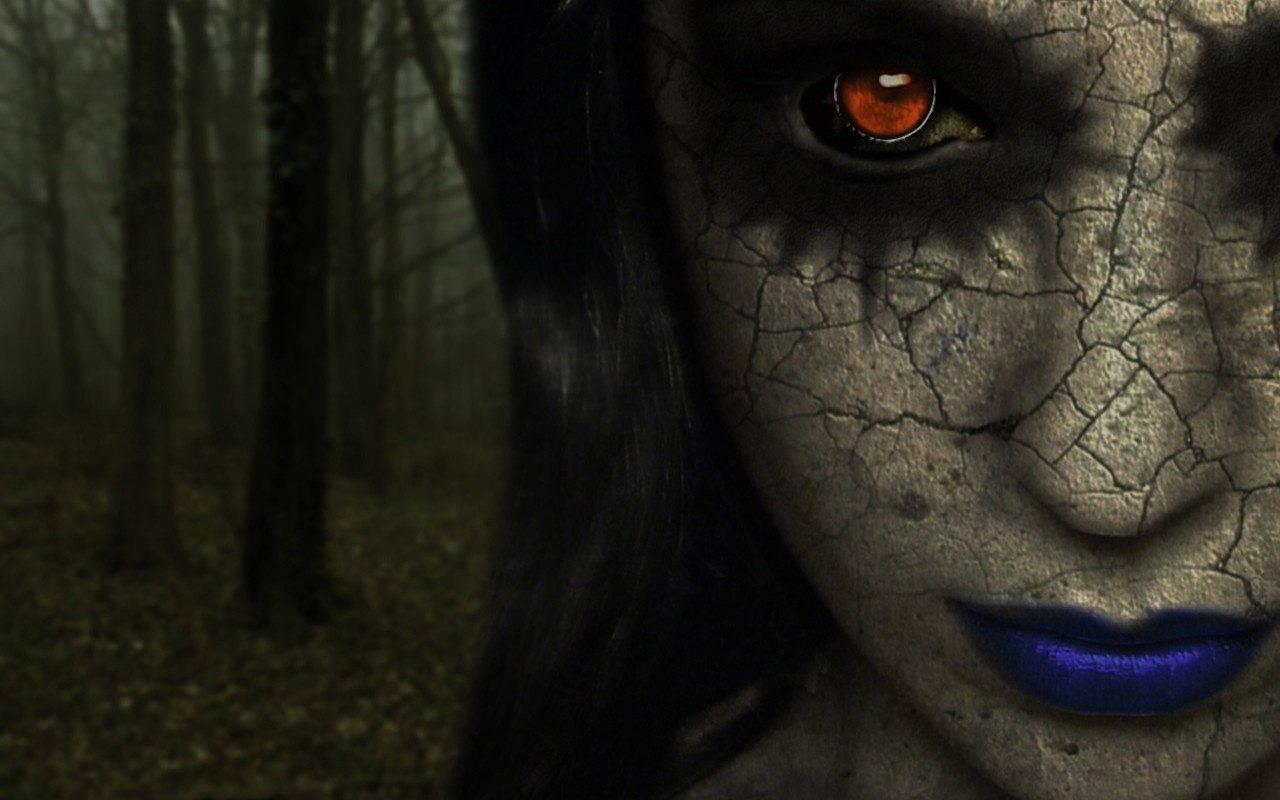 Как выглядят вампиры в реальной жизни