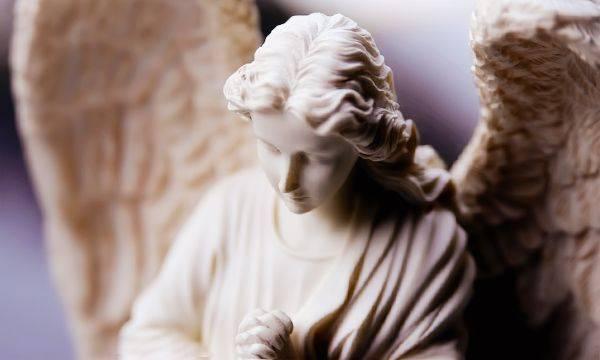 Старинные молитвы от порчи и колдовства