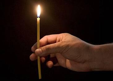 Как почистить дом церковной свечой