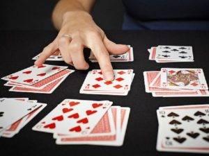 Простые гадания на игральных картах