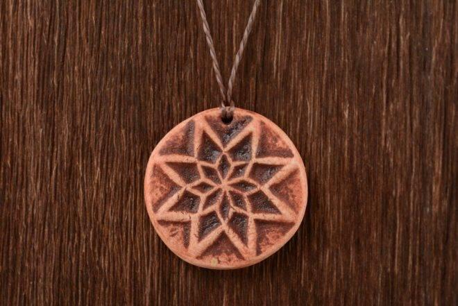 Алатырь камень символ