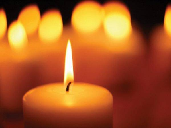Очищение свечой человека