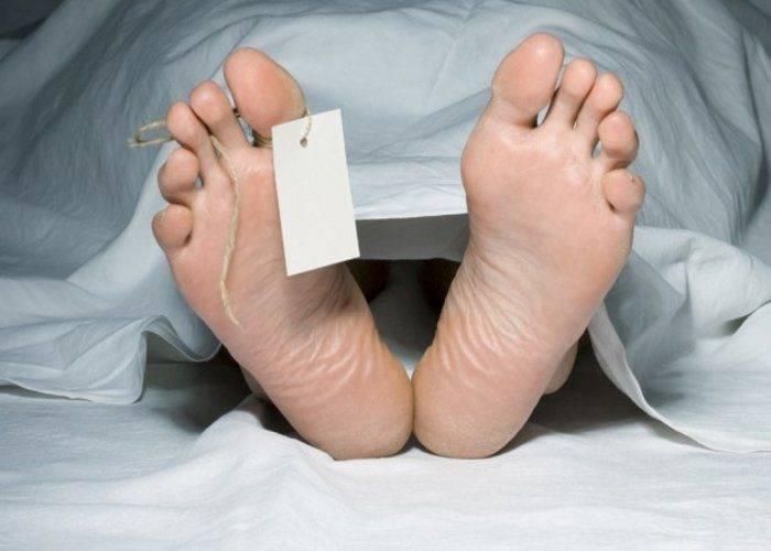 Почему у покойника открываются глаза