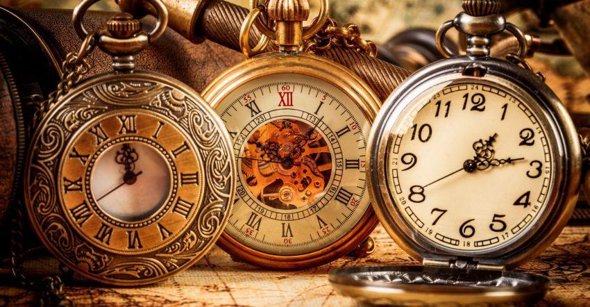 Время на часах 23 23
