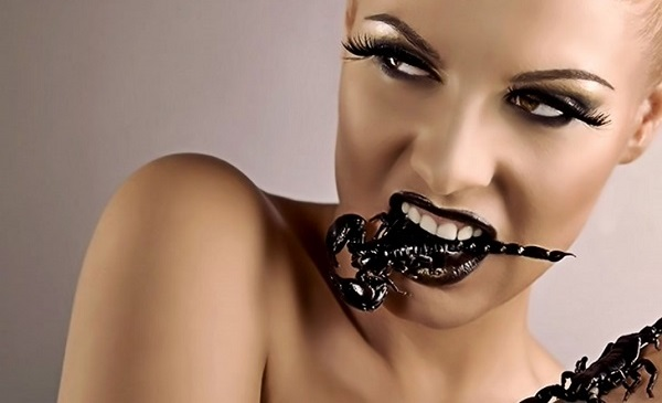 Женщина скорпион